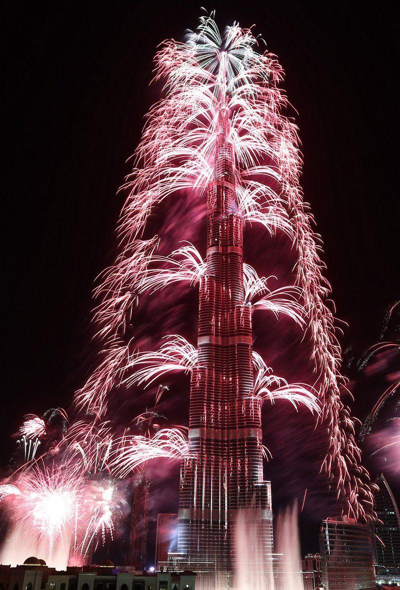 New Year's Eve Fireworks: Dubai Residents and Tourists Can Now Watch the Shows Aboard These Water Services