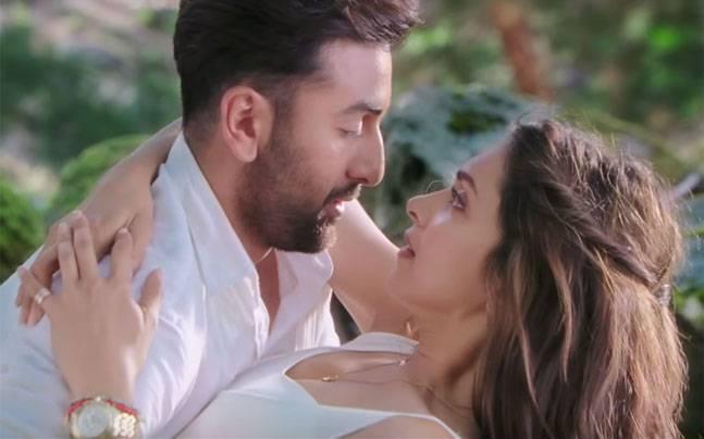 Ranbir Kapoor and Deepika Padukone in Tamasha