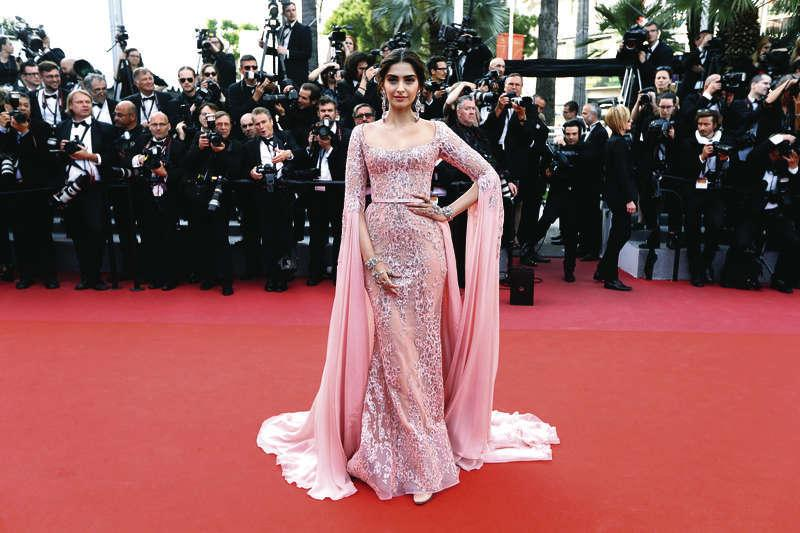 Deepika Padukone, Aishwarya Rai or Sonam Kapoor: Who Won the Cannes Red Carpet Battle