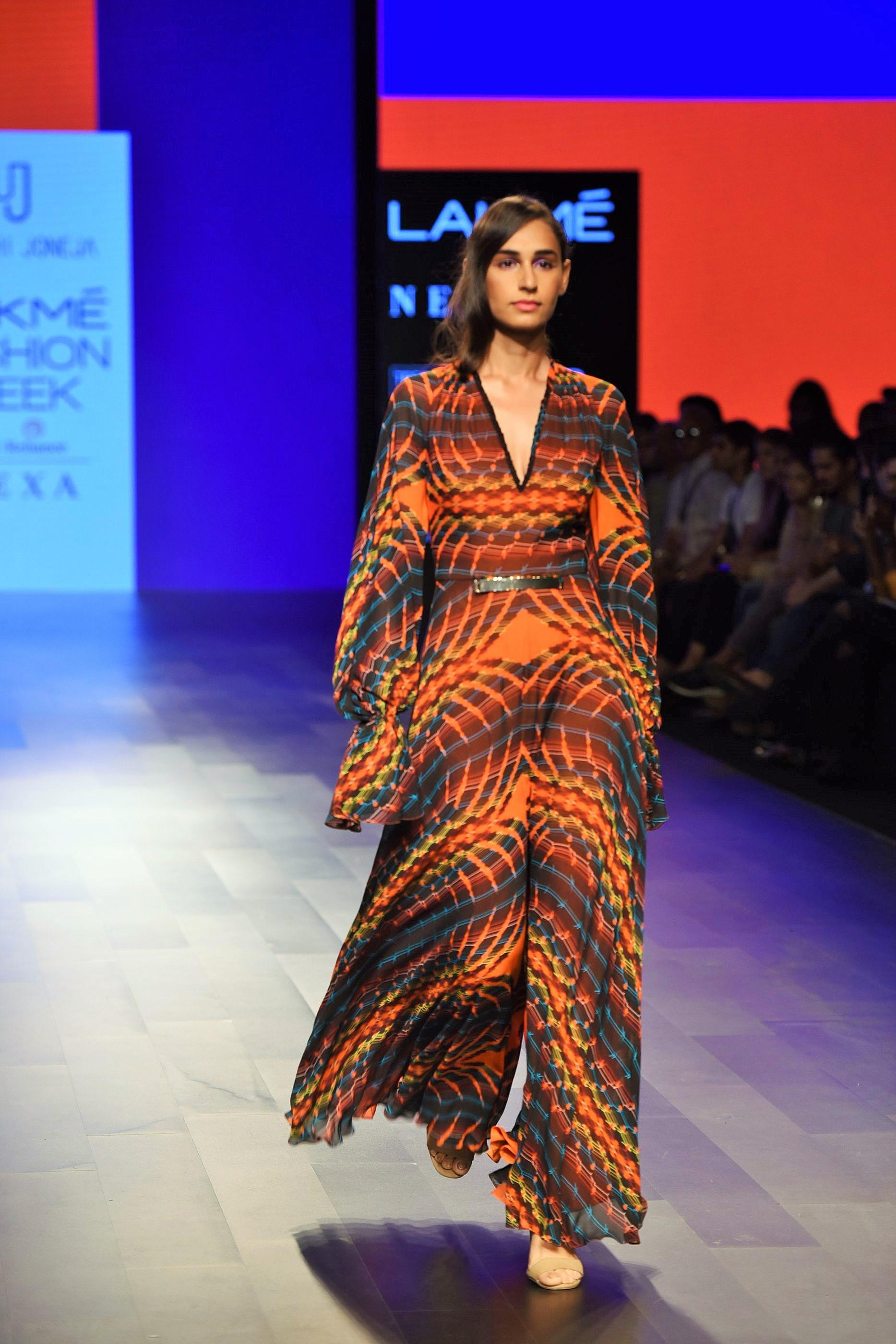 Gaurang Shah Wowed With His Signature Style on Day 3 at Lakme India Fashion Week