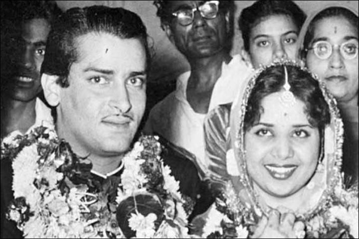 Weekend Read: 5 Romantic Bollywood Real Life Love Stories