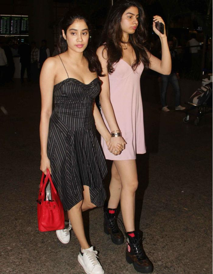 Seeing Jhanvi and Khushi Together Will Give You Some Serious #SiblingGoals