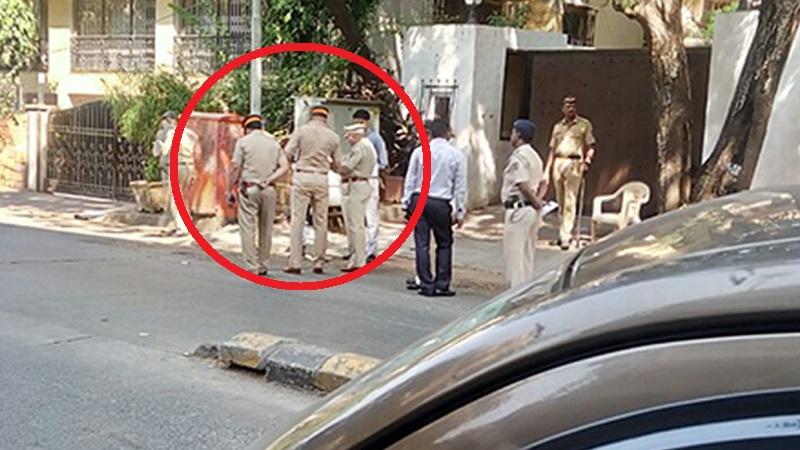 Shocking! Police Protection Provided to Sanjay Leela Bhansali Due to Backlash on Padmavati