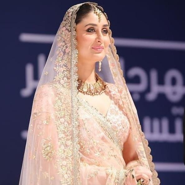 PICS: Kareena Kapoor Khan Redefines a Modern Day Bride on The Ramp