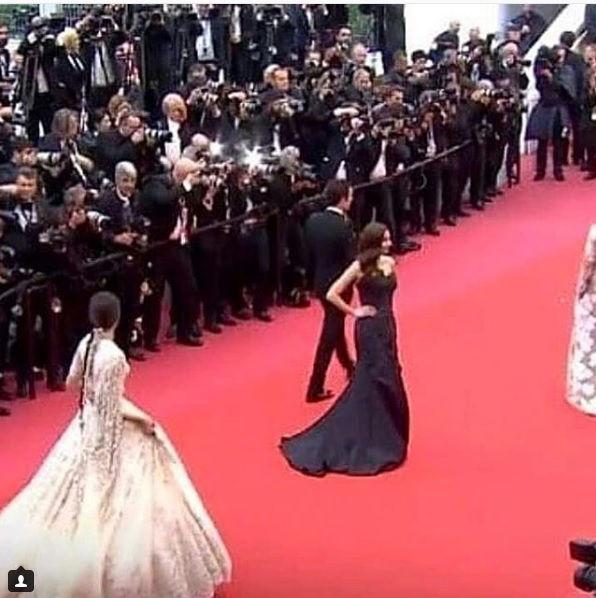 The Story Behind Sonam Kapoor and Mahira Khan's Bonding at Cannes Film Festival