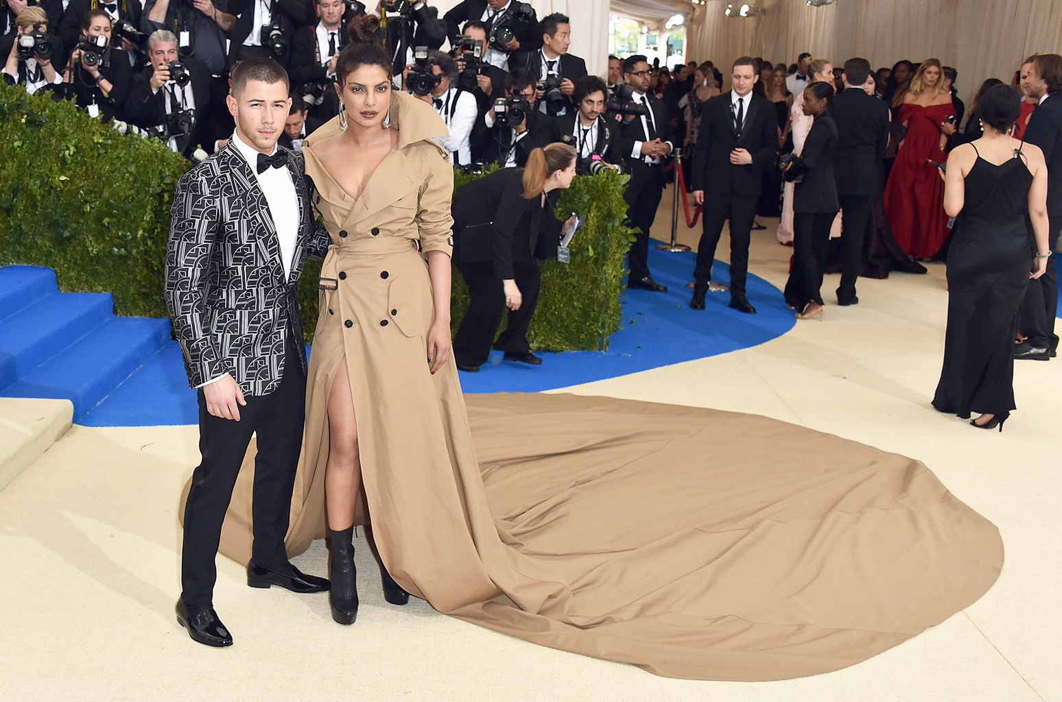From Priyanka Chopra-Nick Jonas to Urmila Matondkar-Mohsin Akhtar Mir; 7 Bollywood Actresses Who are Dating and/or Have Married Younger Men
