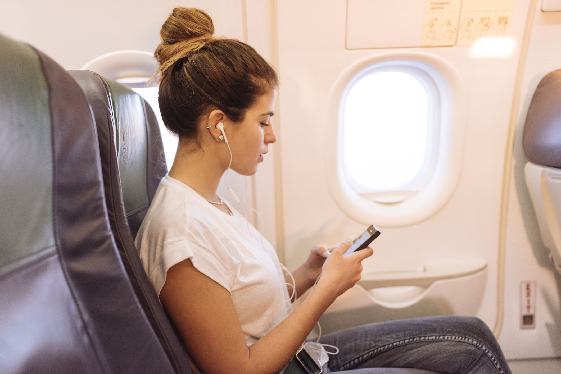 10 Ways to Make Economy Flights Feel Like FIRST Class