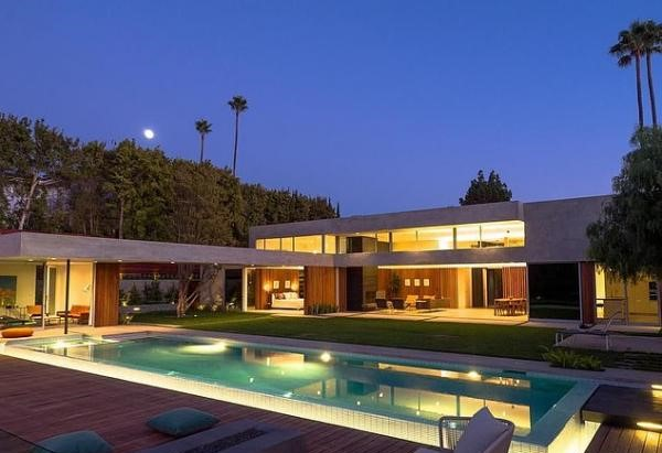IN PICS: Priyanka Chopra and Nick Jonas' $6.5 Million Home at Beverly Hills