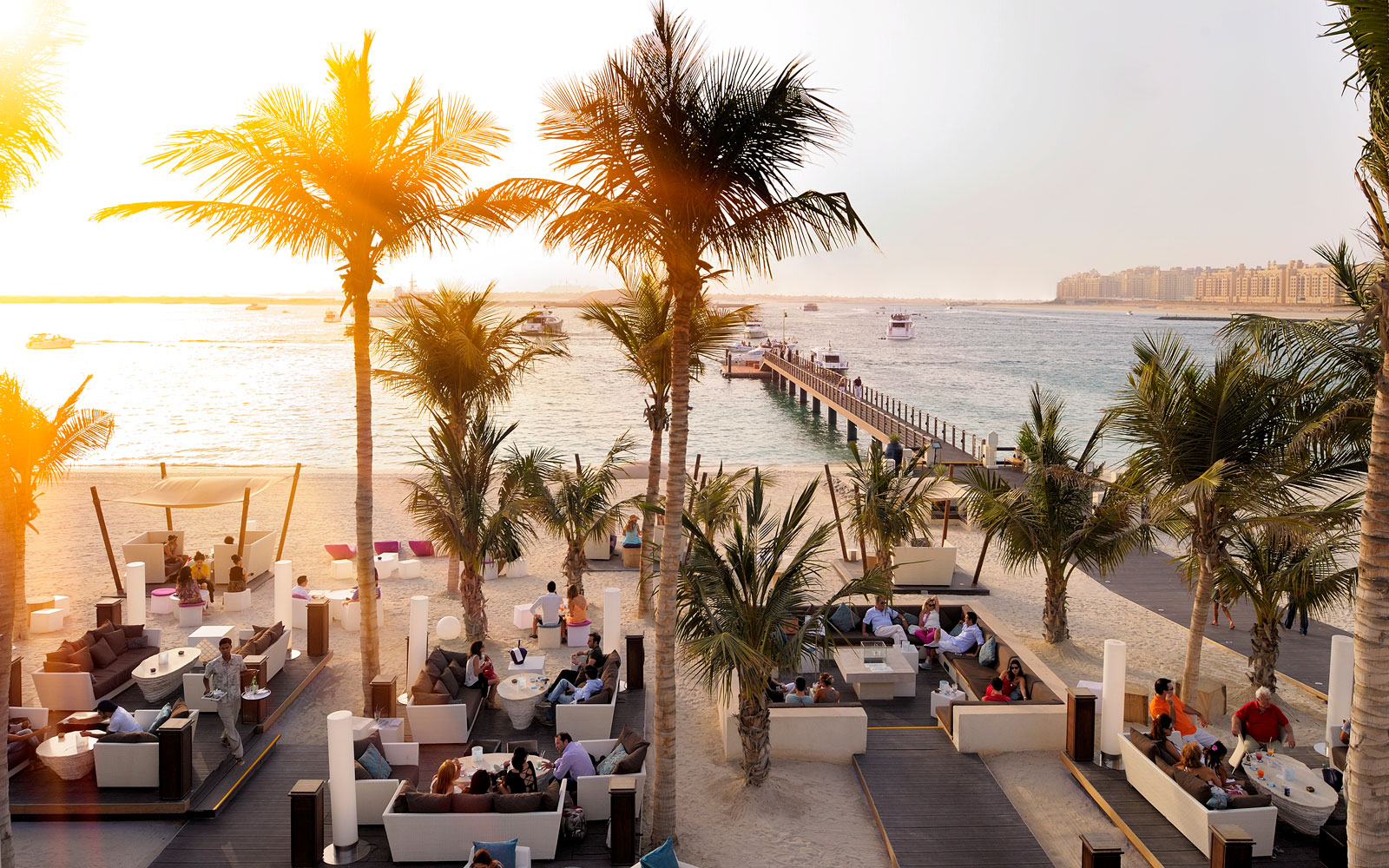 Dubai's Best Beach Clubs You Must Visit Right Now!