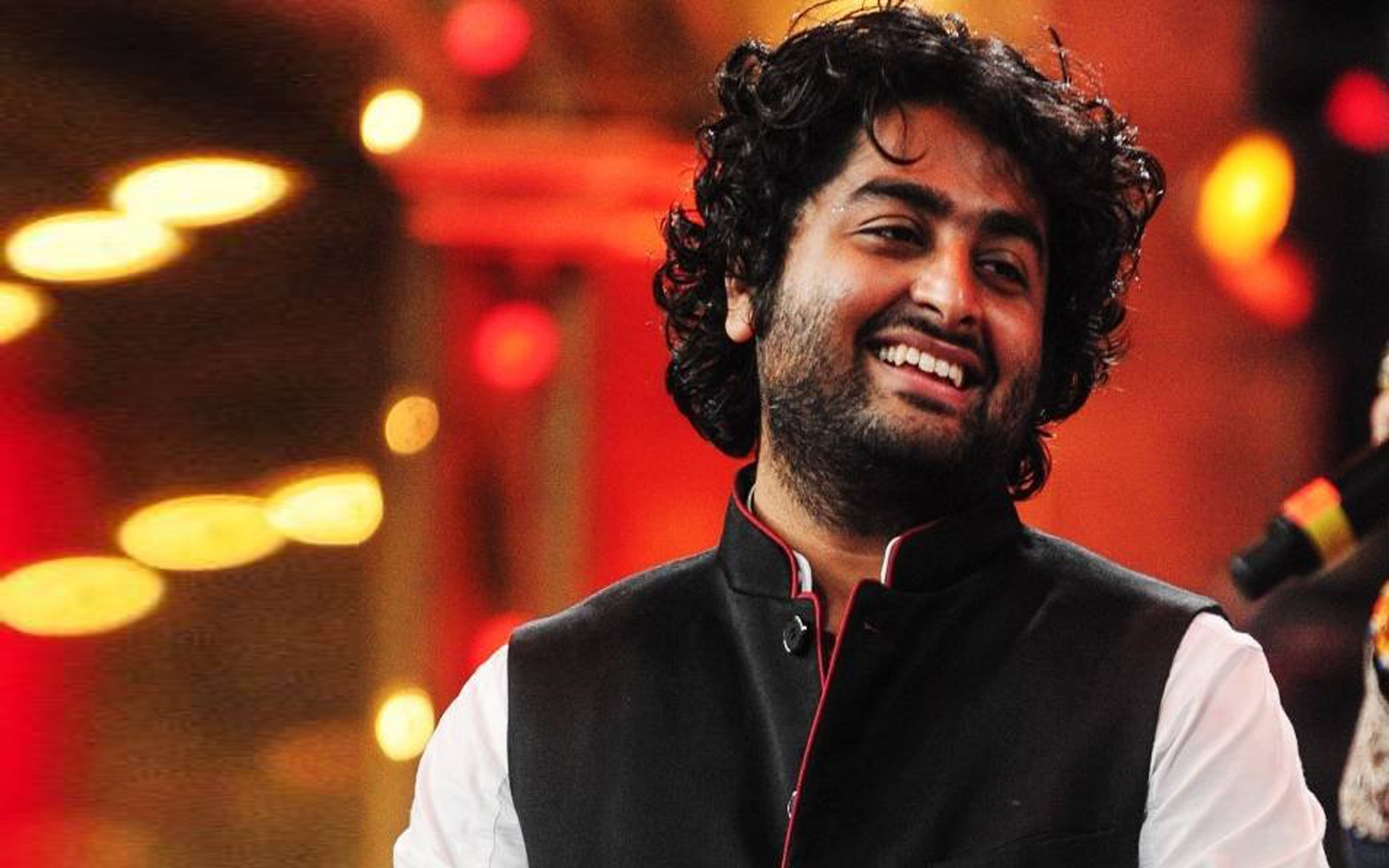 Arijit Singh's Concert in Dubai: Here's How to Win TWO Tickets!