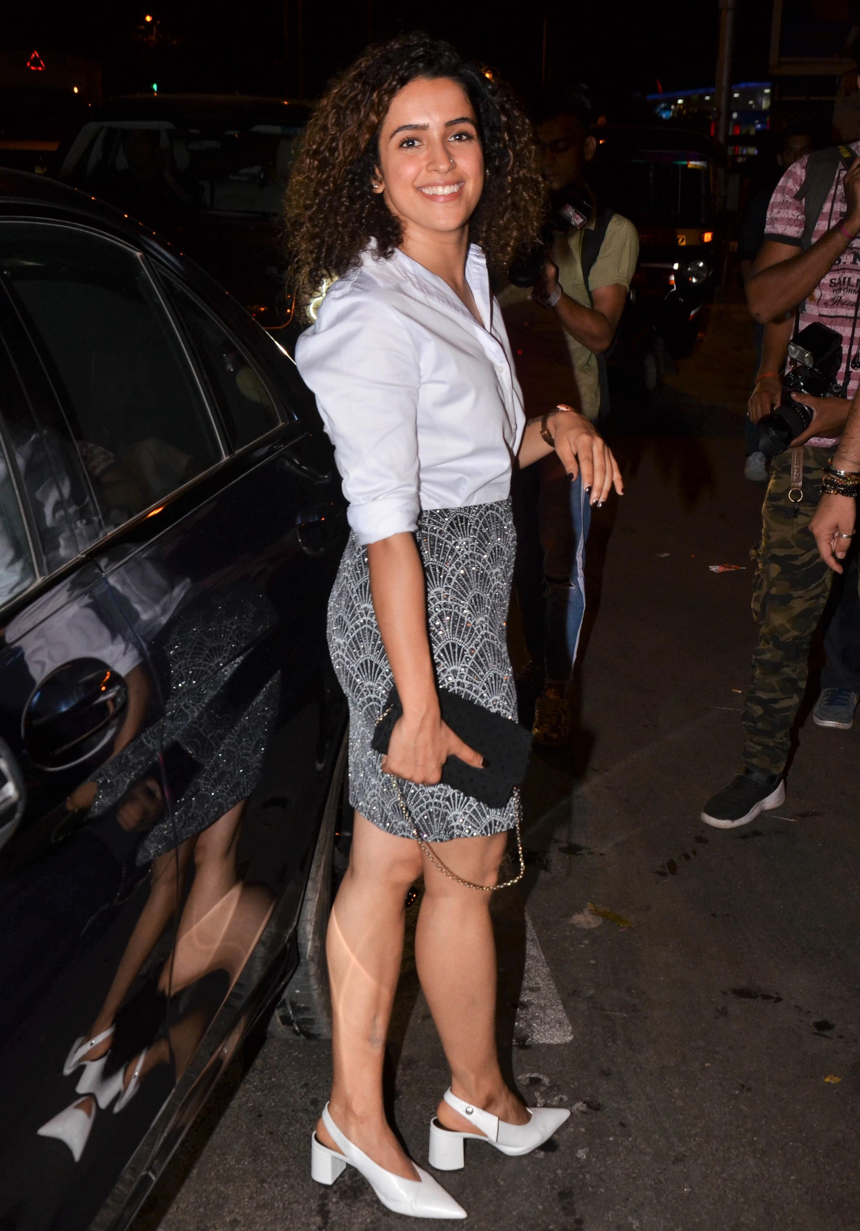 Vicky Kaushal and Sanya Malhotra Spotted in Bandra! See Pics