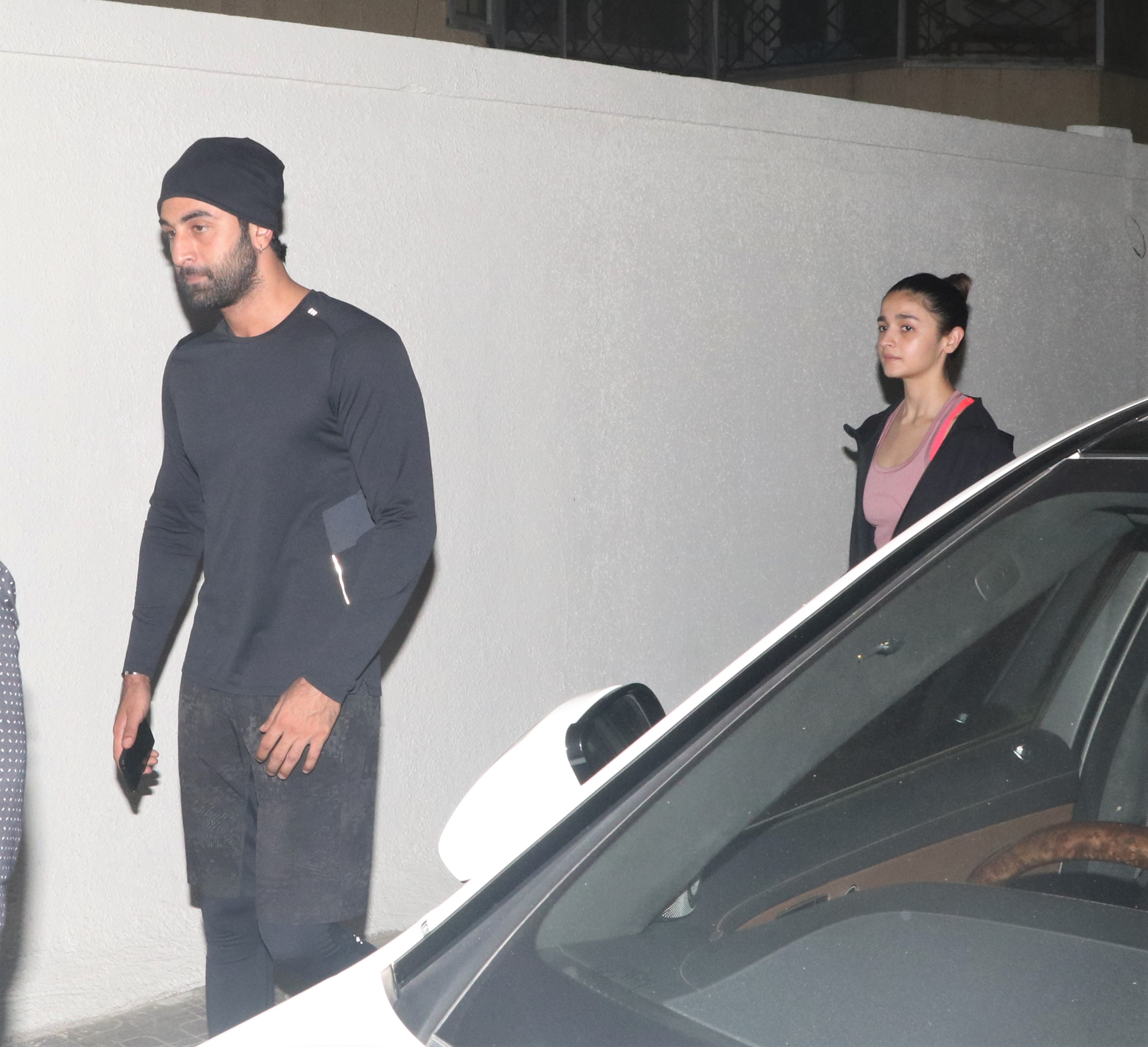 Ranbir Kapoor and Alia Bhatt Spotted Out Together!