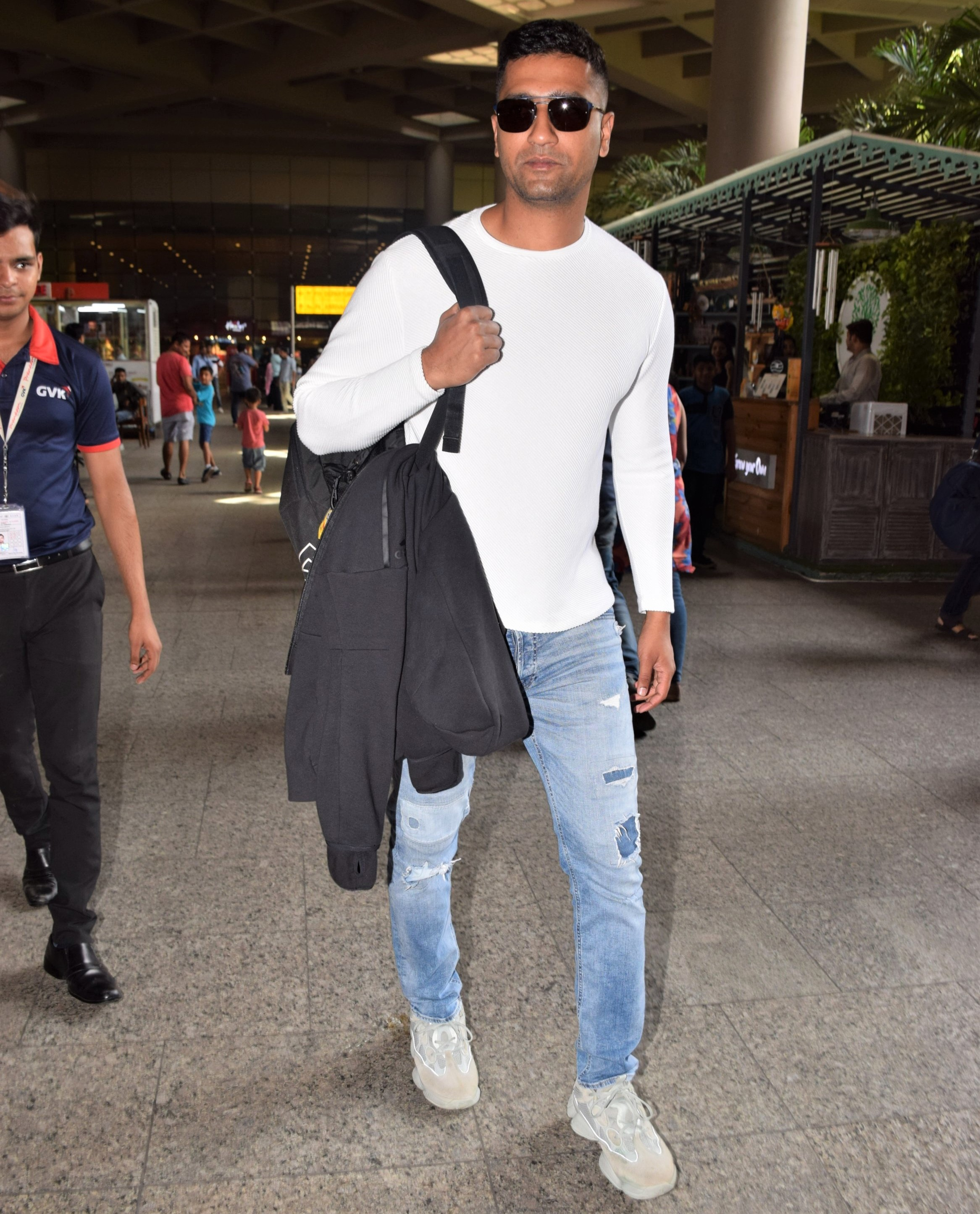 Vicky Kaushal Spotted At The Airport, Fans Notice Scar From Injury