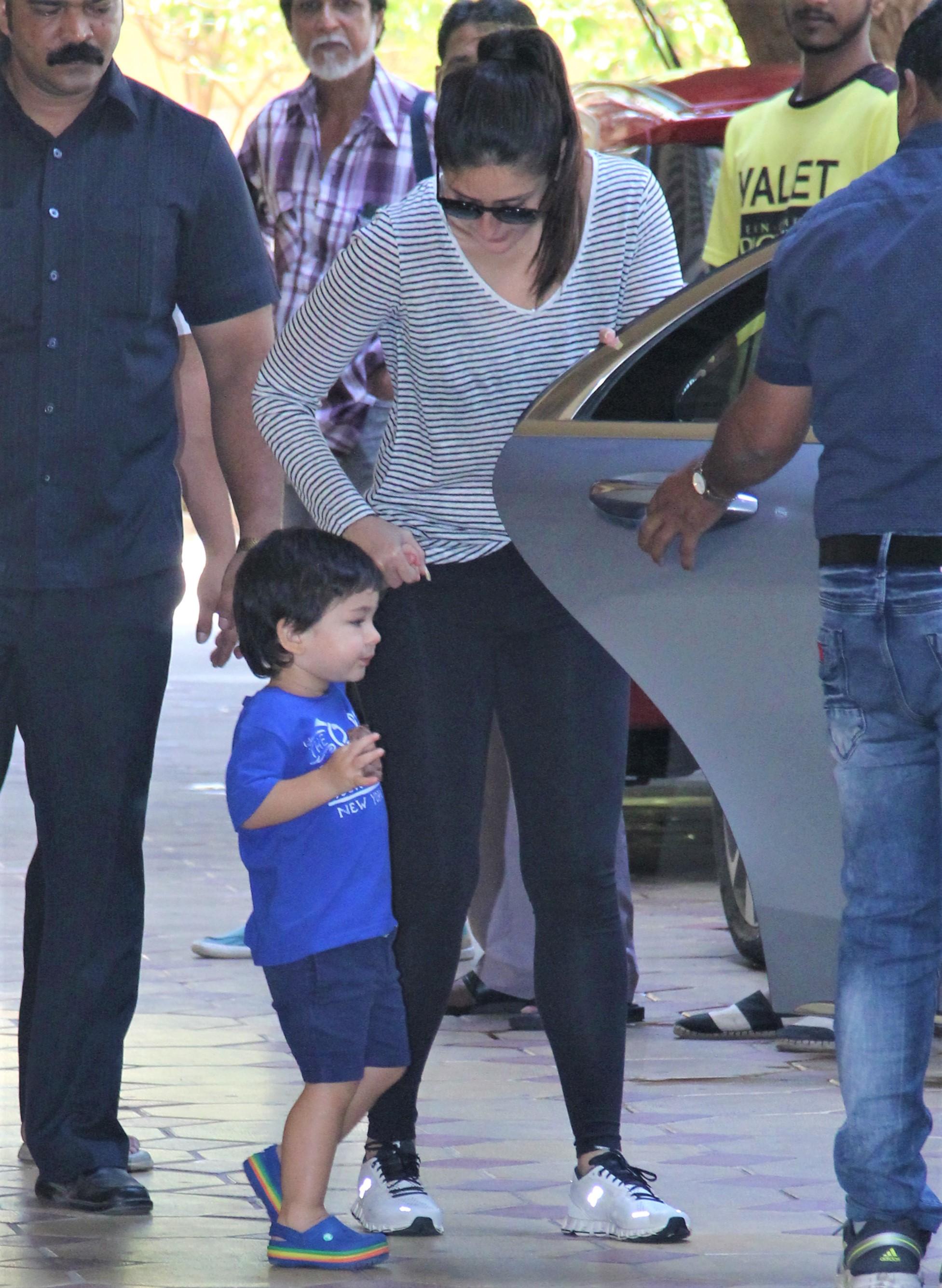 Kareena Kapoor Snapped Picking Up Baby Taimur From School!