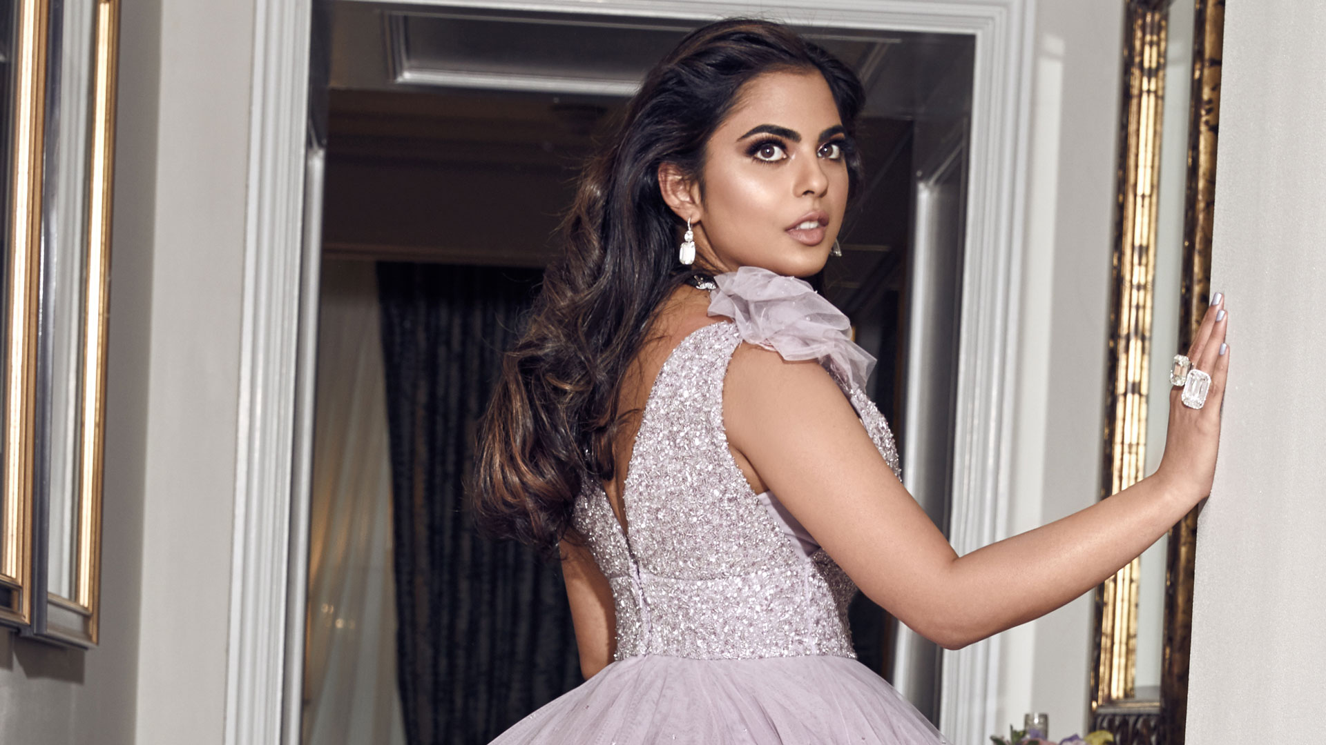MET Gala 2019: Isha Ambani Looks Like a Dream Wearing a Gorgeous Lilac Feather Gown and Diamond Jewellery