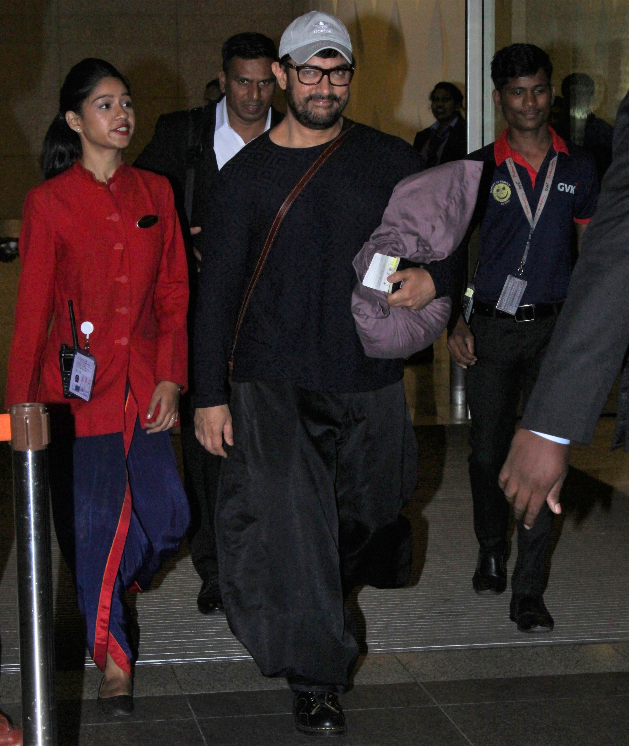 Aamir Khan Spotted at Airport Carrying His Own Pillow