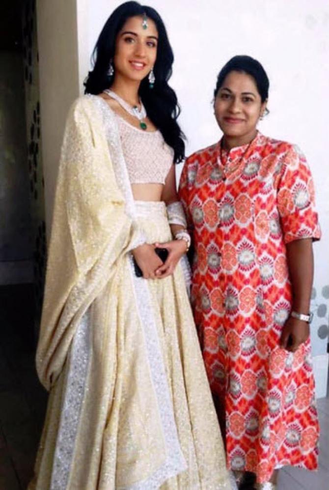 Radhika Merchant Slays Eastern Look in These Unseen Photos