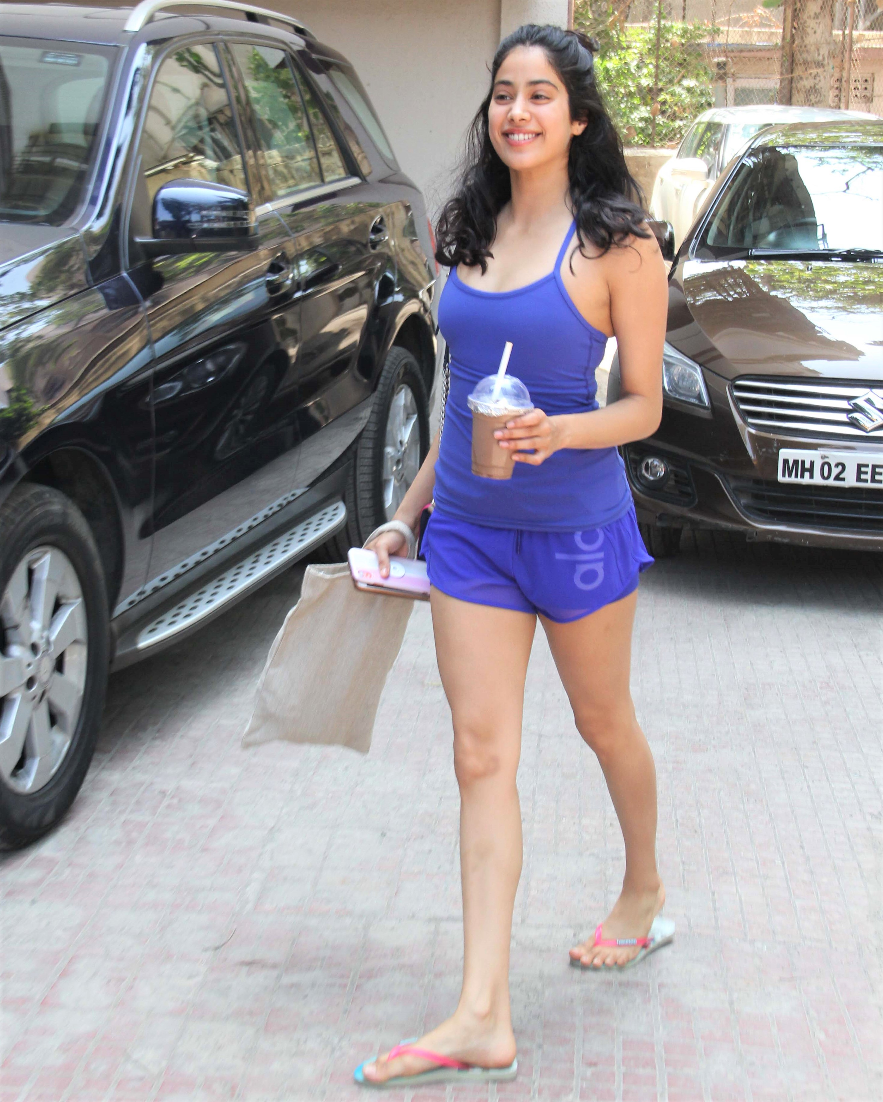 Janhvi Kapoor is a Smiley Beauty in Blue After the Gym