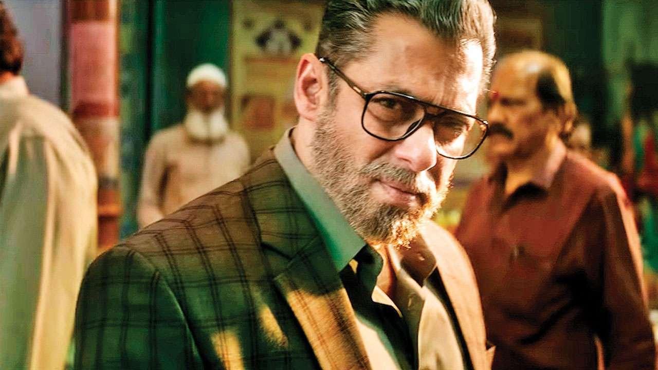 Salman Khan, Saif Ali Khan and Shahid Kapoor: How Bollywood's Leading Men Go Bold and Bearded for Films