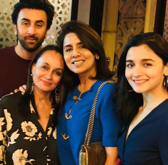 Alia Bhatt, Ranbir Kapoor, Aishwarya Rai Bachchan and Rishi Kapoor's Family Pic is Breaking the Internet RN