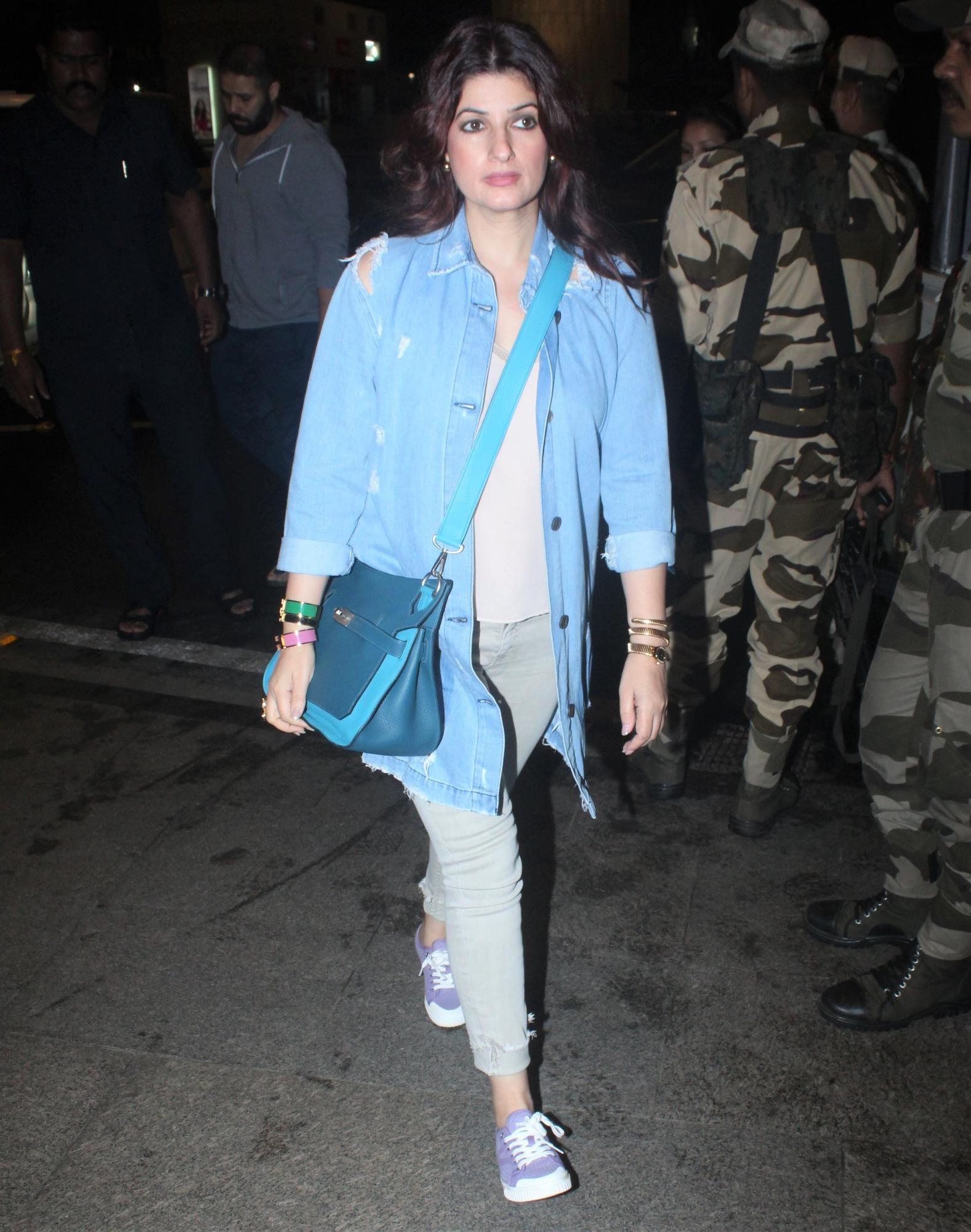 Akshay Kumar Twinkle Khanna Nitara London Sooryavanshi