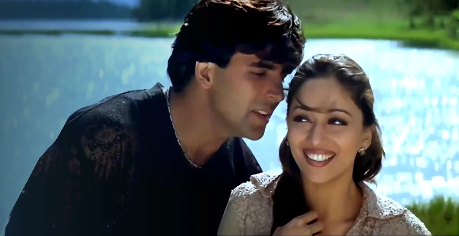 Madhuri Dixit and Akshay Kumar Posing Together Is Giving Us Major 90s Bollywood Feels!