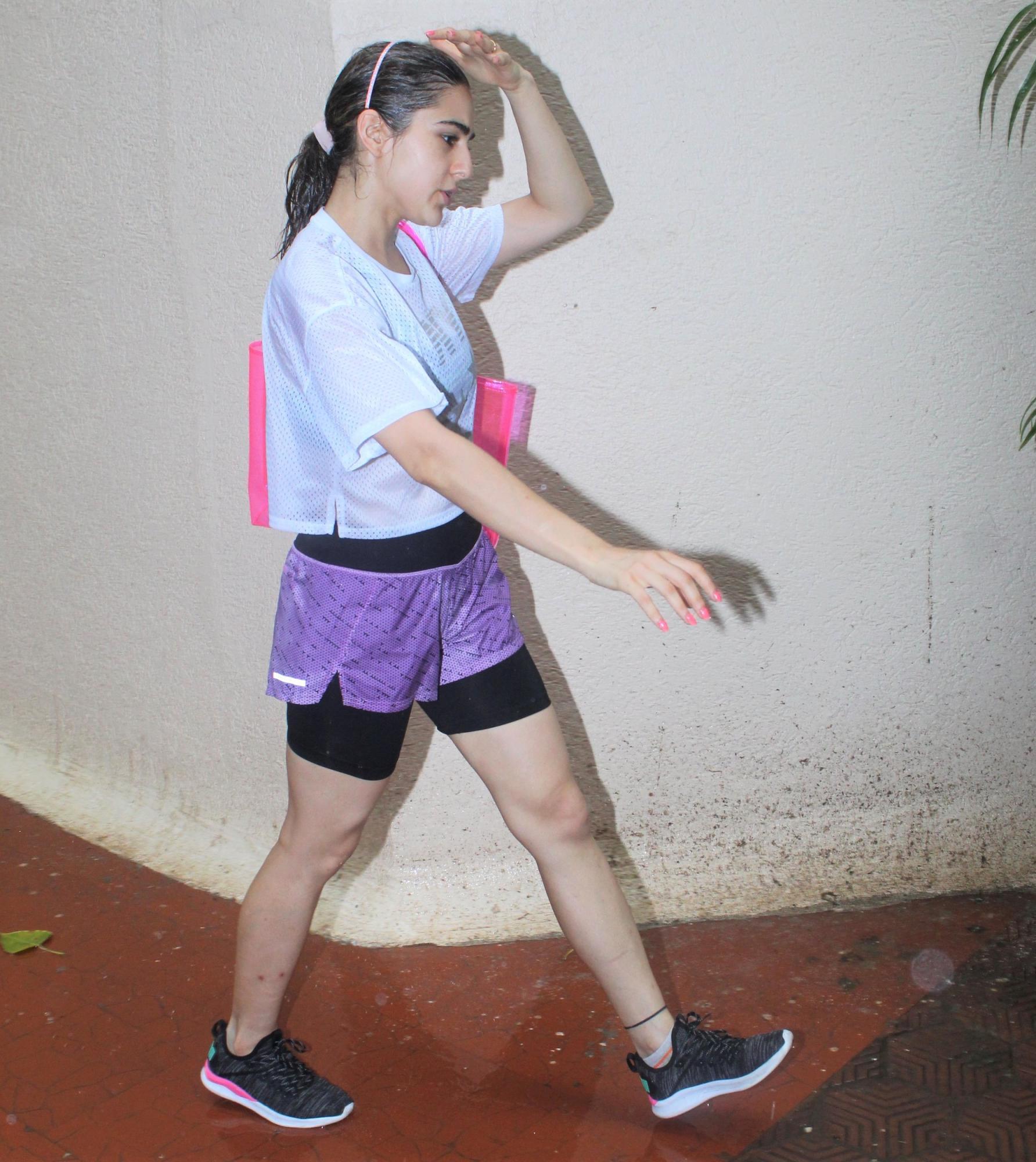 Sara Ali Khan gym