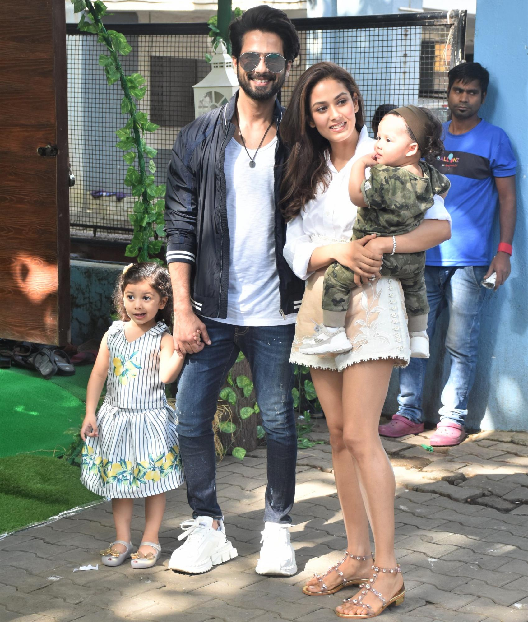 Shahid Kapoor and Mira Rajput Took the Most Romantic Photo Ever During Misha's B-Day!