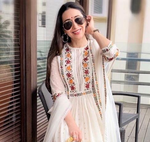 Sara Ali Khan On Stepping Into Karisma Kapoor's Role For Coolie No 1