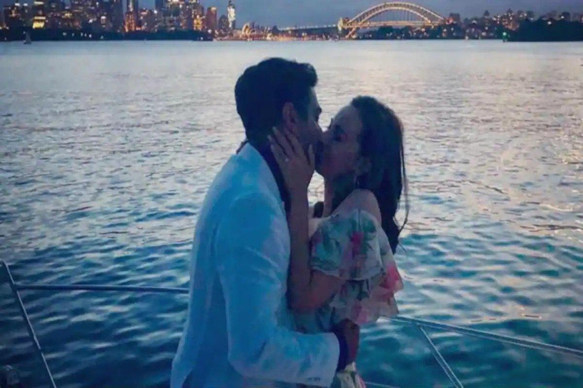 Evelyn Sharma Accepts Tushaan Bhindi's Proposal