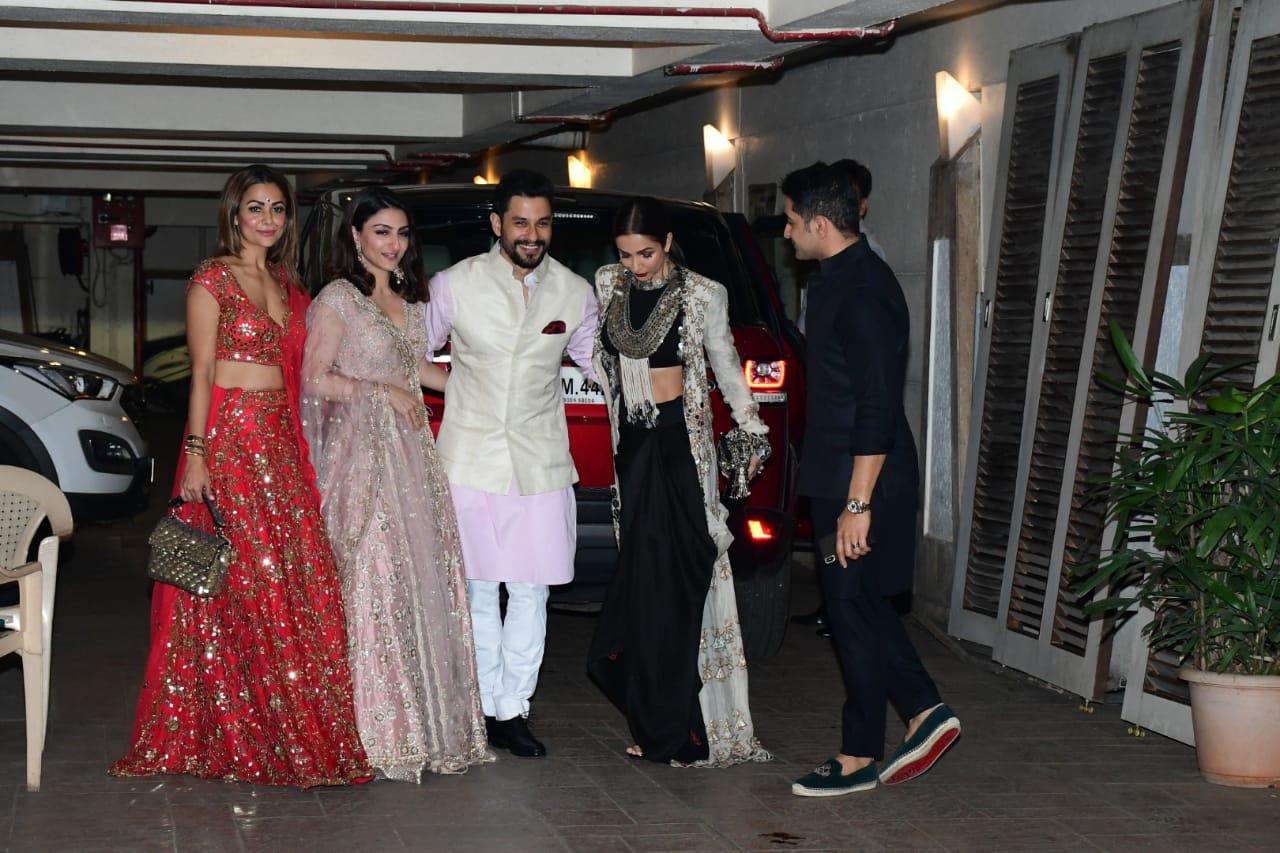 Malaika Arora at Diwali 1