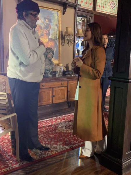 Amitabh Bachchan and Kriti Kharbanda on the sets of 'Chehre'