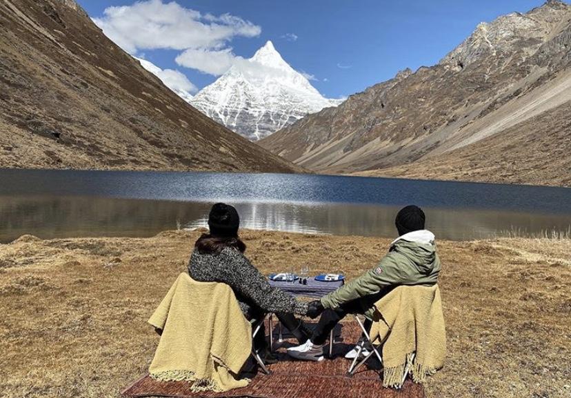 Anushka Sharma, Virat Kohli's Vacay Pics Are Adorable To Say The Least