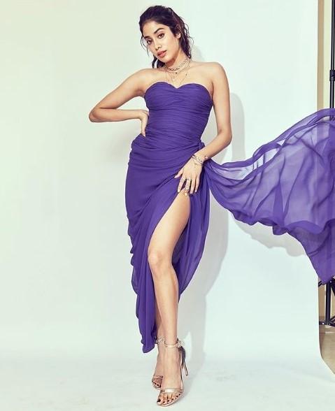 Janhvi Kapoor, Three times She Rocked A Thigh-High Slit
