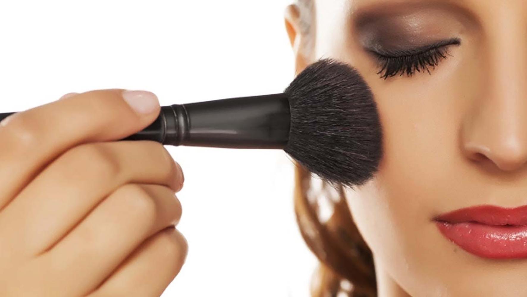 10 Tips To Make Your Make-up Last Longer