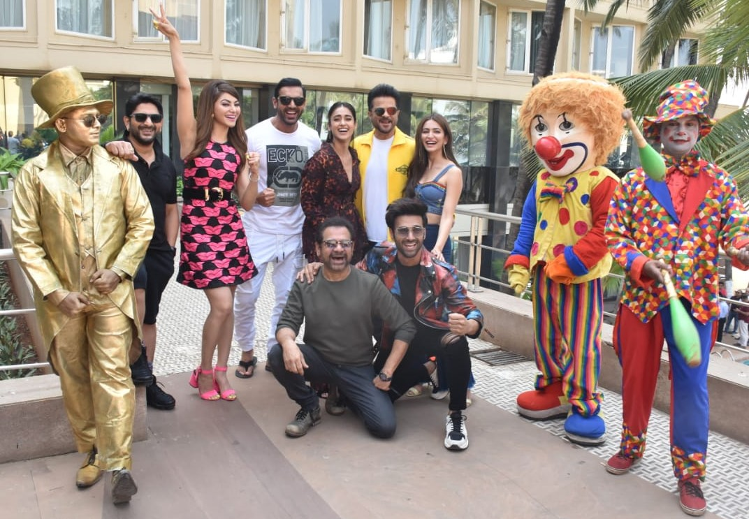 The cast of 'Pagalpanti'