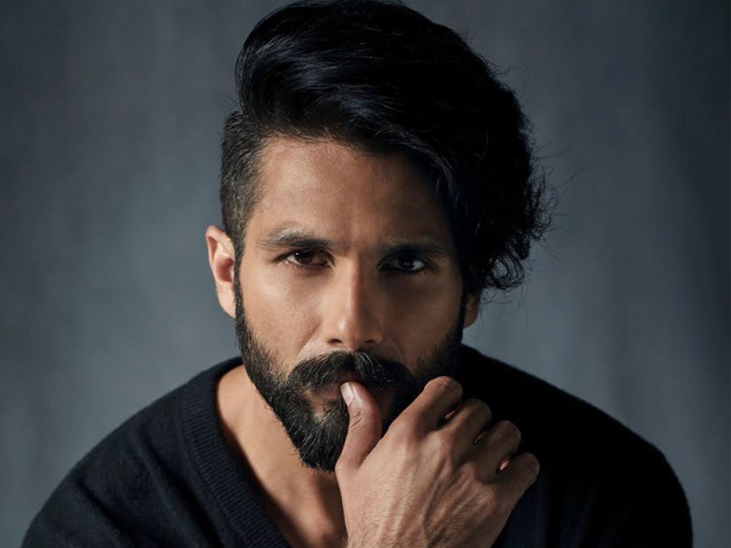 Shahid Kapoor Compares His Upcoming Film Jersey with Ranveer Singh's '83