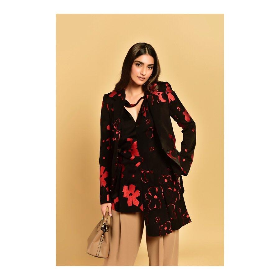 Deepika Padukone, Sonam Kapoor Add a Twist to Brown
