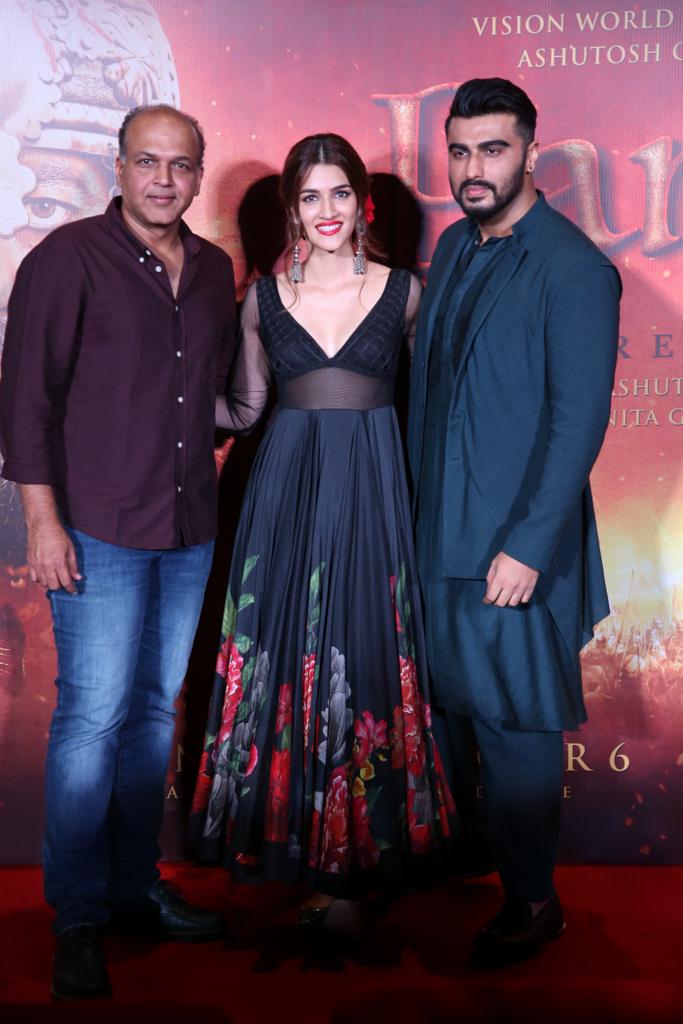 Ashutosh Gowariker, Kriti Sanon and Arjun Kapoor