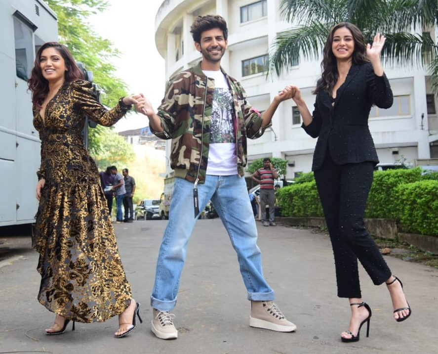 Pati Patni Aur Woh Cast during promotions of the film