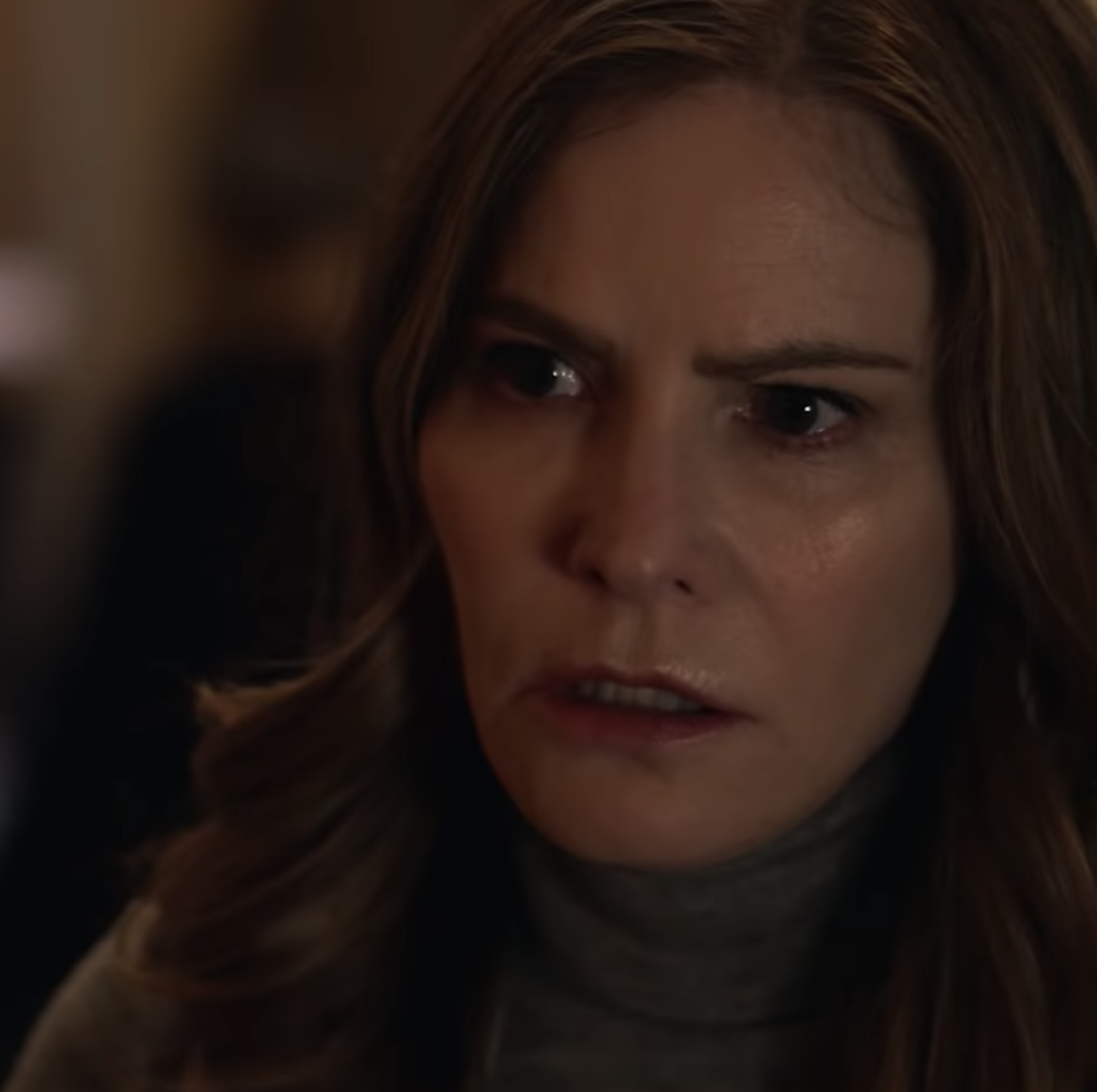 Jennifer Jason Leigh in Atypical