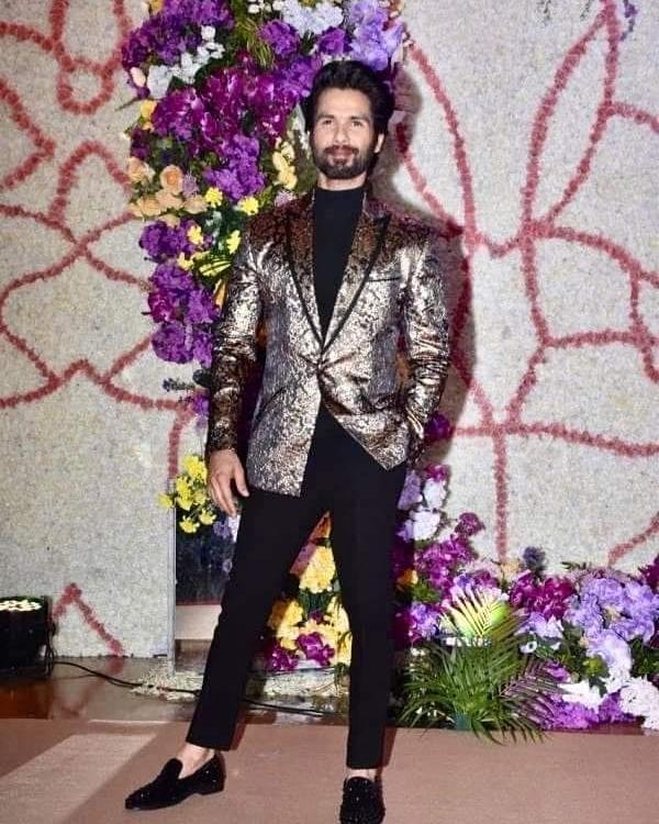 Shahid Kapoor Rocks Metallic Blazer at Recent Wedding