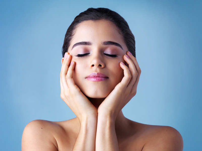 6 Skincare Tips To Follow This Winter