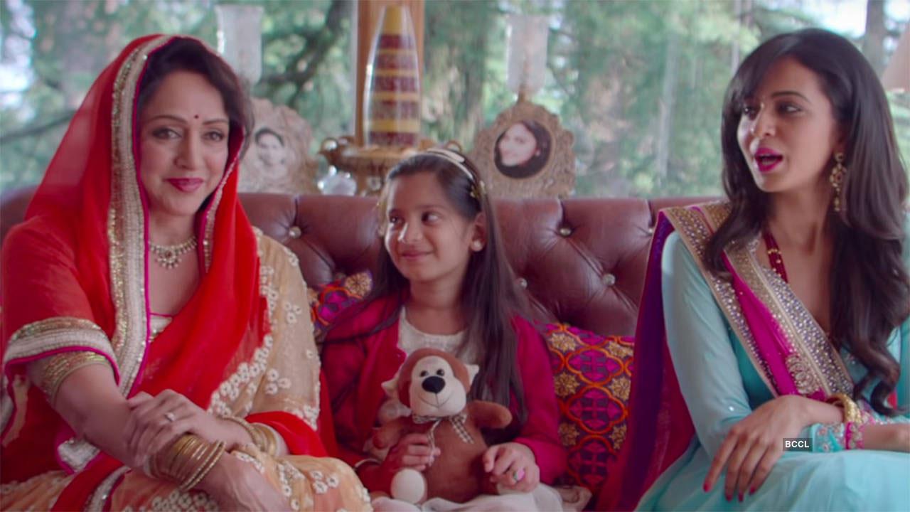 Hema Malini in Shimla Mirchi: Rajkummar Rao Is Her Suitor!