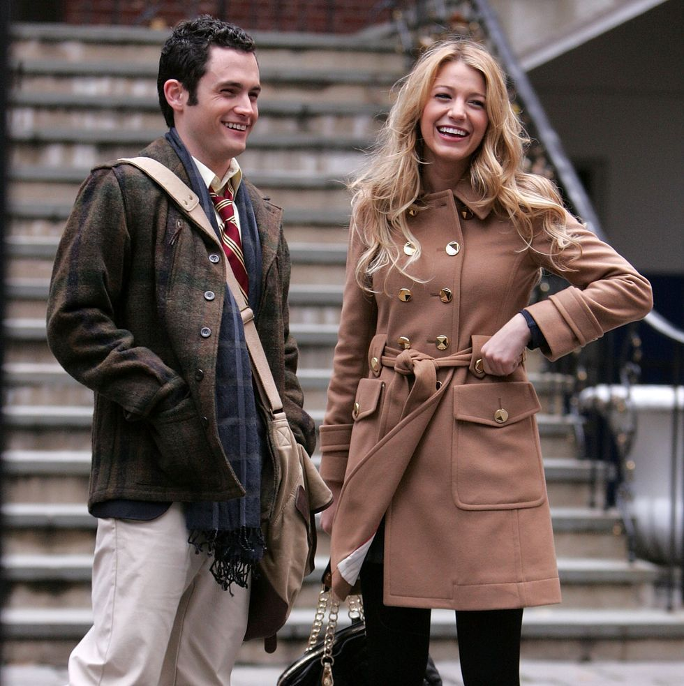 Penn Badgley and Blake Lively in Gossip Girl