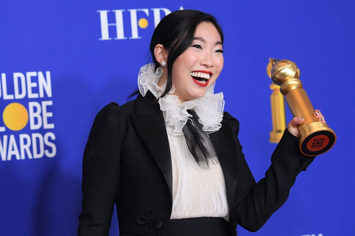 Awkwafina Becomes First Woman of Asian Descent to Win In a Lead Actress Category