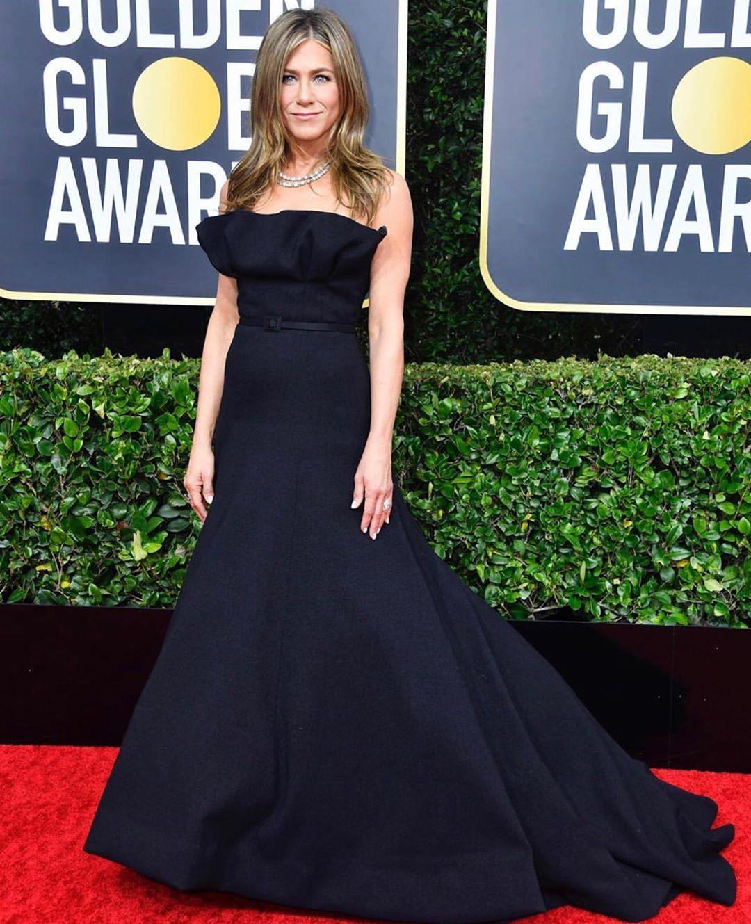 Jennifer Aniston at the Golden Globe Red Carpet
