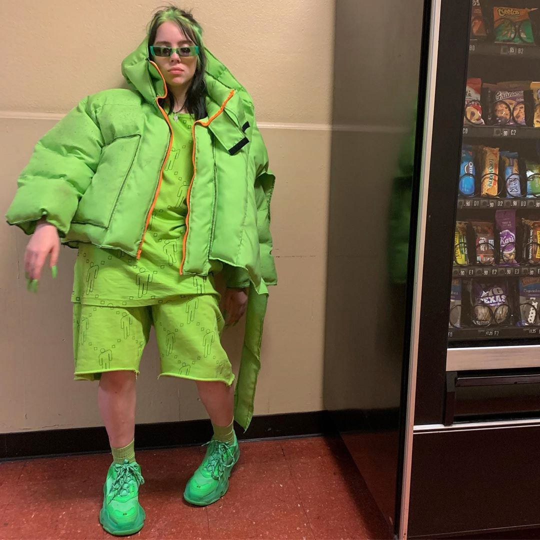 Why Billie Eilish Decide To Don Baggy Clothing Masala Com