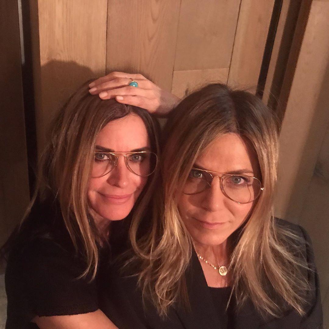 Courteney Cox with Jennifer Aniston