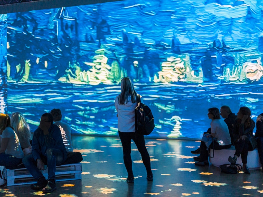 Souk Madinat Jumeirah Sets the Stage for Digital and Performing Arts